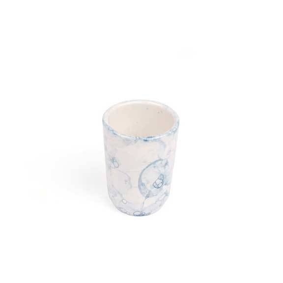 handgefertigter keramikbecher midnight blue